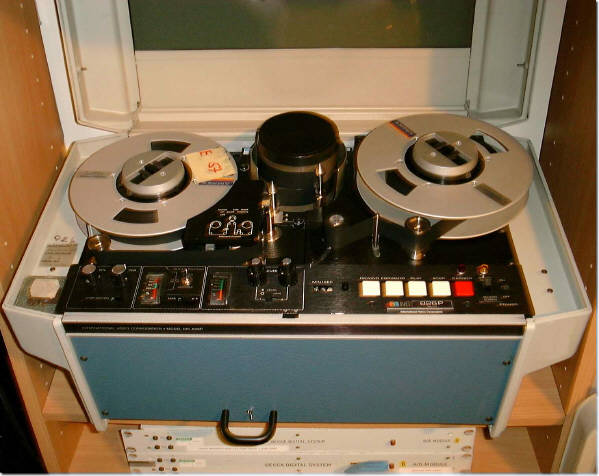 IVS 826 P Decca Digitalrecorder